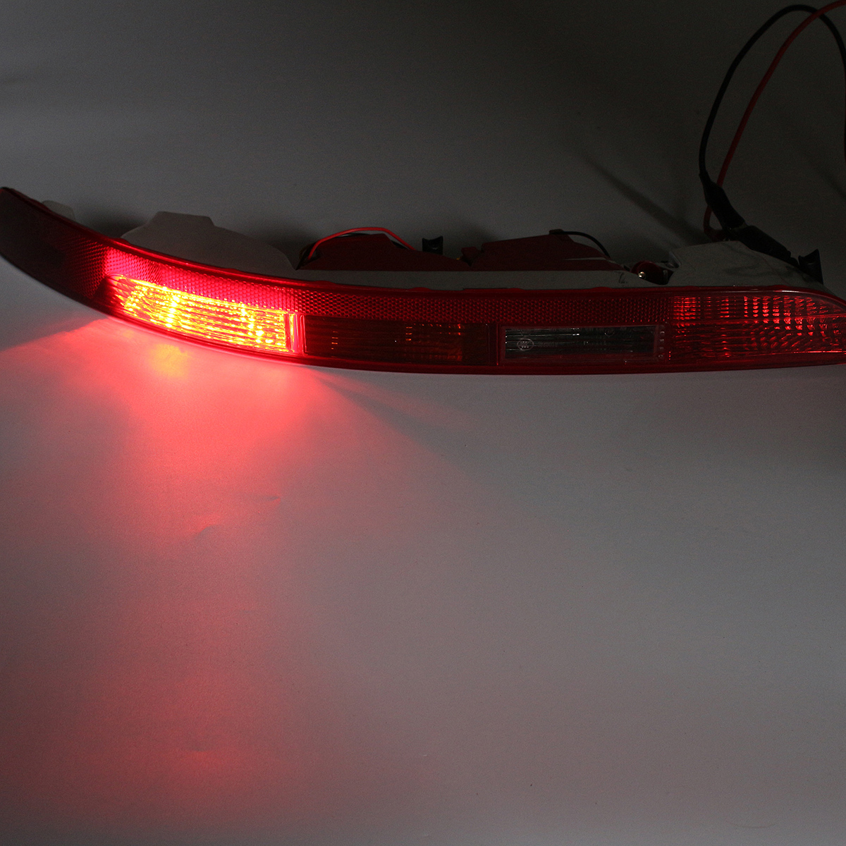 Car Rear Bumper Tail Light Cover with Lamp Left Side for Audi Q5 2.0T 2009-2015 8R0945095