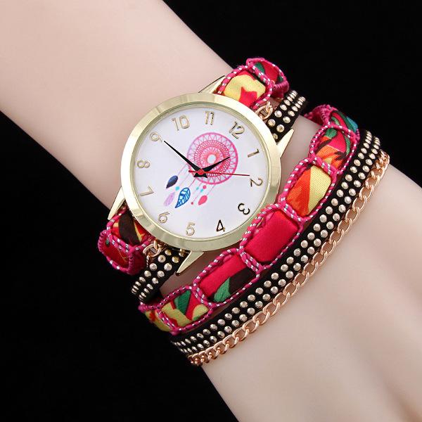 Fashion National Wind Rivet Chains Coil Bracelet Women Quartz Wrist Watch