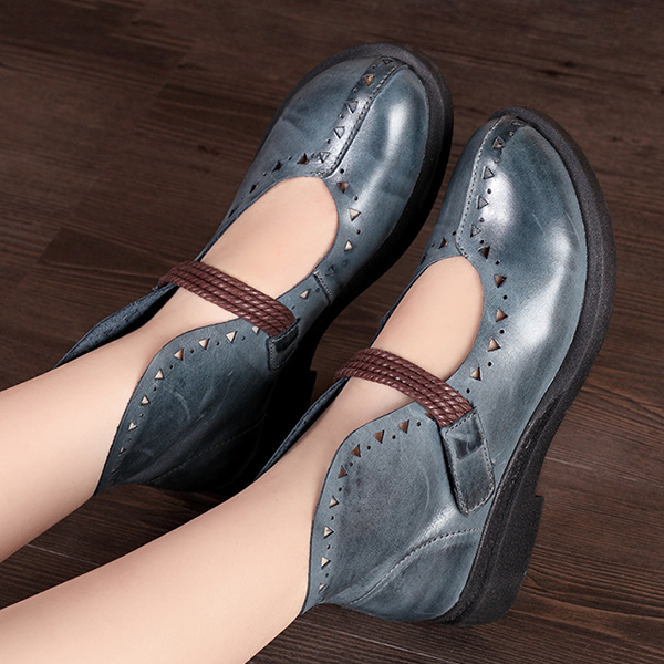 SOCOFY Retro Hollow Out Flat Leather Shoes