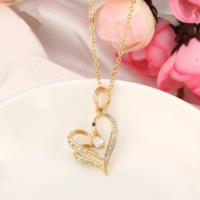 Kuniu 18K Gold Plated Necklace Zircon Heart Pendant Chain Jewelry
