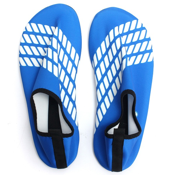 Men/Women Blue Toggle Surf Aqua Beach Water Socks Swimming Water Shoes