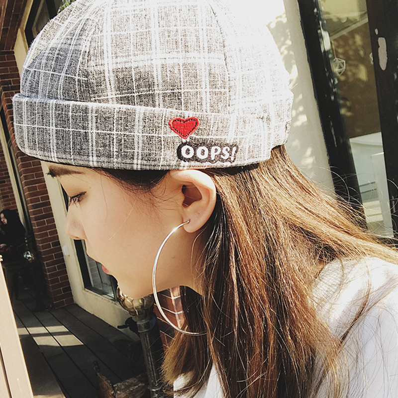 Unisex Street Dome Rolled Cuff Plaid Embroidery Skull Cap