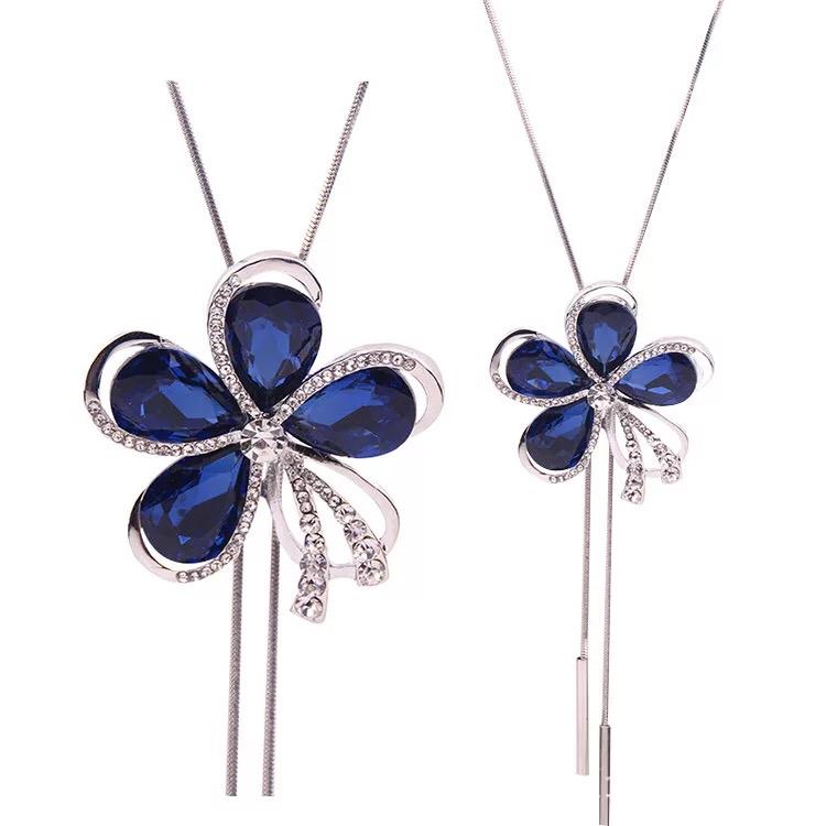 Fashion Blue Crystal Rhinestones Flower Necklace Sweater