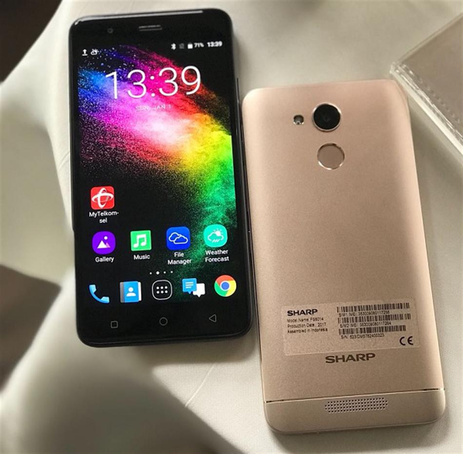 "Sharp R1 Global Version 5.5"" HD 4000mAh 3GB RAM 32GB ROM MT6737 Quad Core 4G Smartphone"