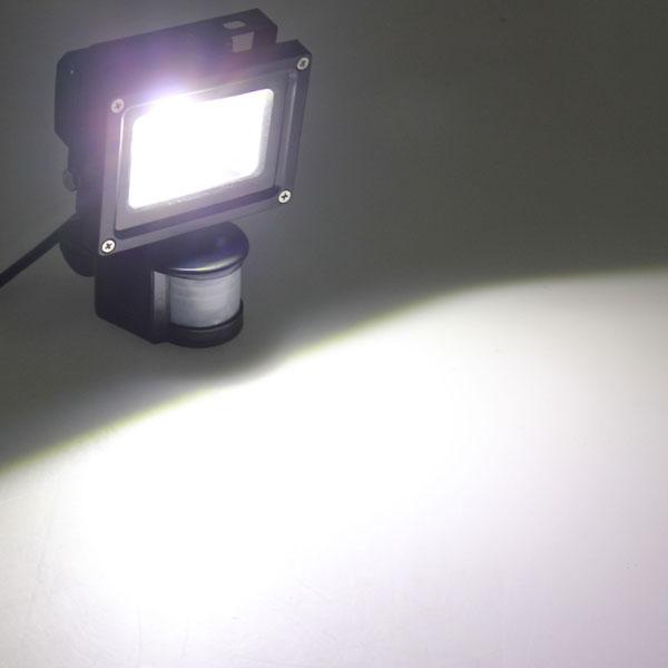 10W White 800LM PIR Motion Sensor Security LED Flood Light 85-265V