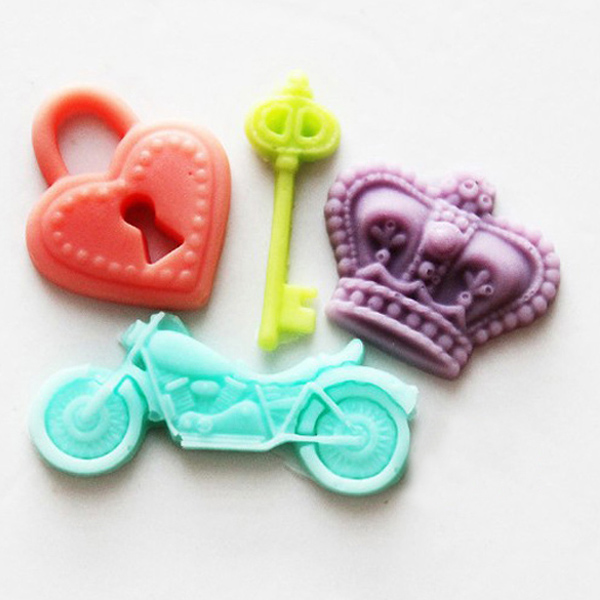 F0495 Silicone Lock Key Motor Crown Cake Mould Fondant Soap Bake Mould