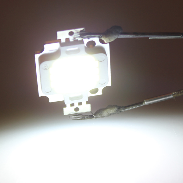 10W 900LM High Power Square LED Bulb Bright Light Lamp Chip