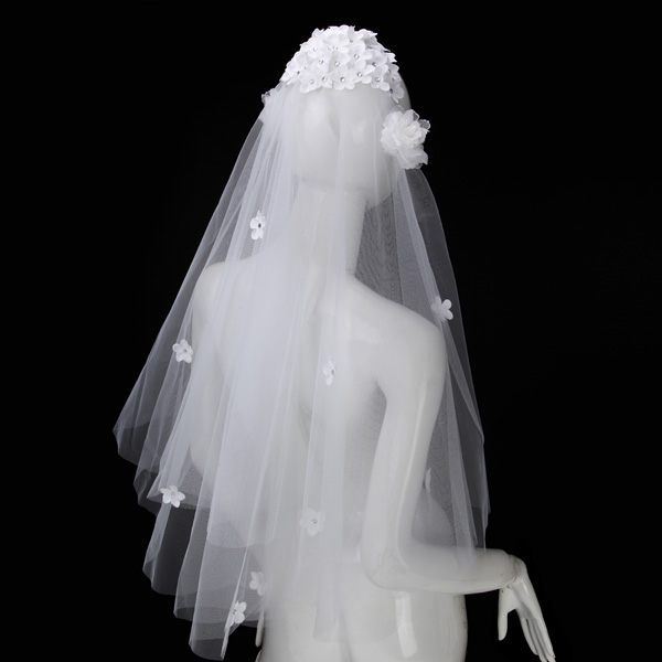 Fahion White Beige Two Layers Of Petals Bridal Veil
