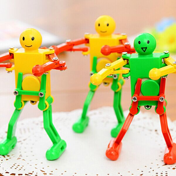 Lovely Dancing Robot Wind Up Toy Random Color