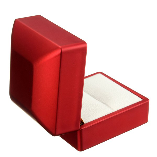 Red Solid Polish LED Lighted Ring Box Jewelry Wedding Gift Case