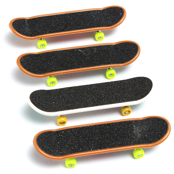 5pcs Pack Finger Board Deck Truck Skateboard Boy Child Toy