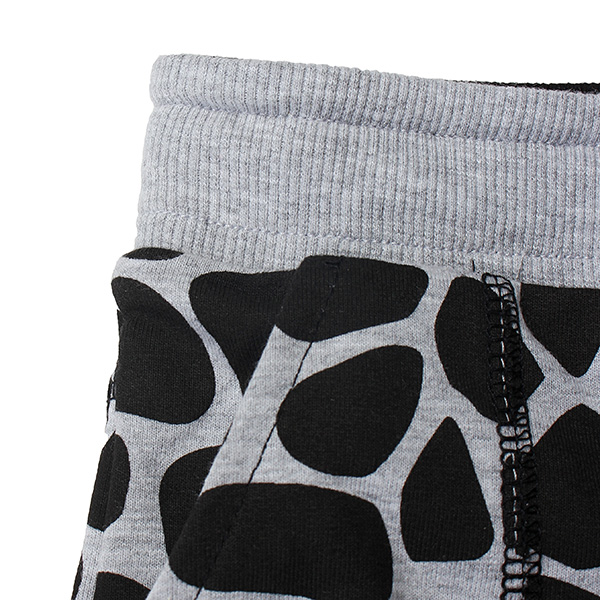 2015 New Little Maven Baby Girl Summer Dots Black Cotton Beach Shorts Pants