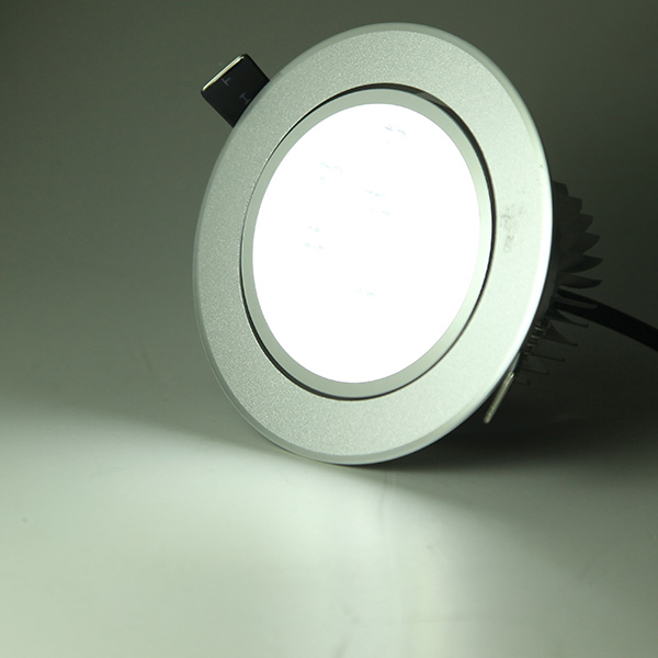 7W Dimmable Bright LED Recessed Ceiling Down Light 85-265V