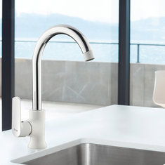 FRAP F4031 Kitchen 360 Degree Rotation Single Handle Hot and Cold Water Sink Faucet Single Hole Mixer Basin Faucet