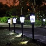 0.8W jardin extérieur en plastique à solaire LED Landscape Light Path Lampe à gazon