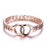 Lasesposascreativasenlazaronlosanillos de dedo de oro rosa simples