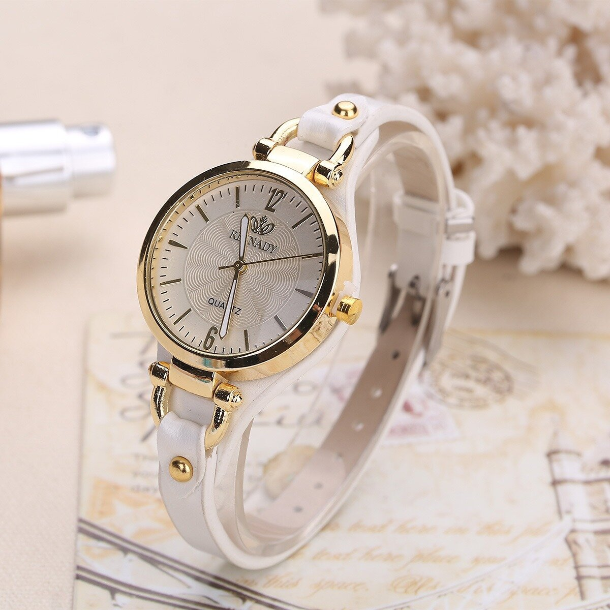 Fashion Colorful Leather Band Women Simple Dial Rose Gold Case Quartz Watch