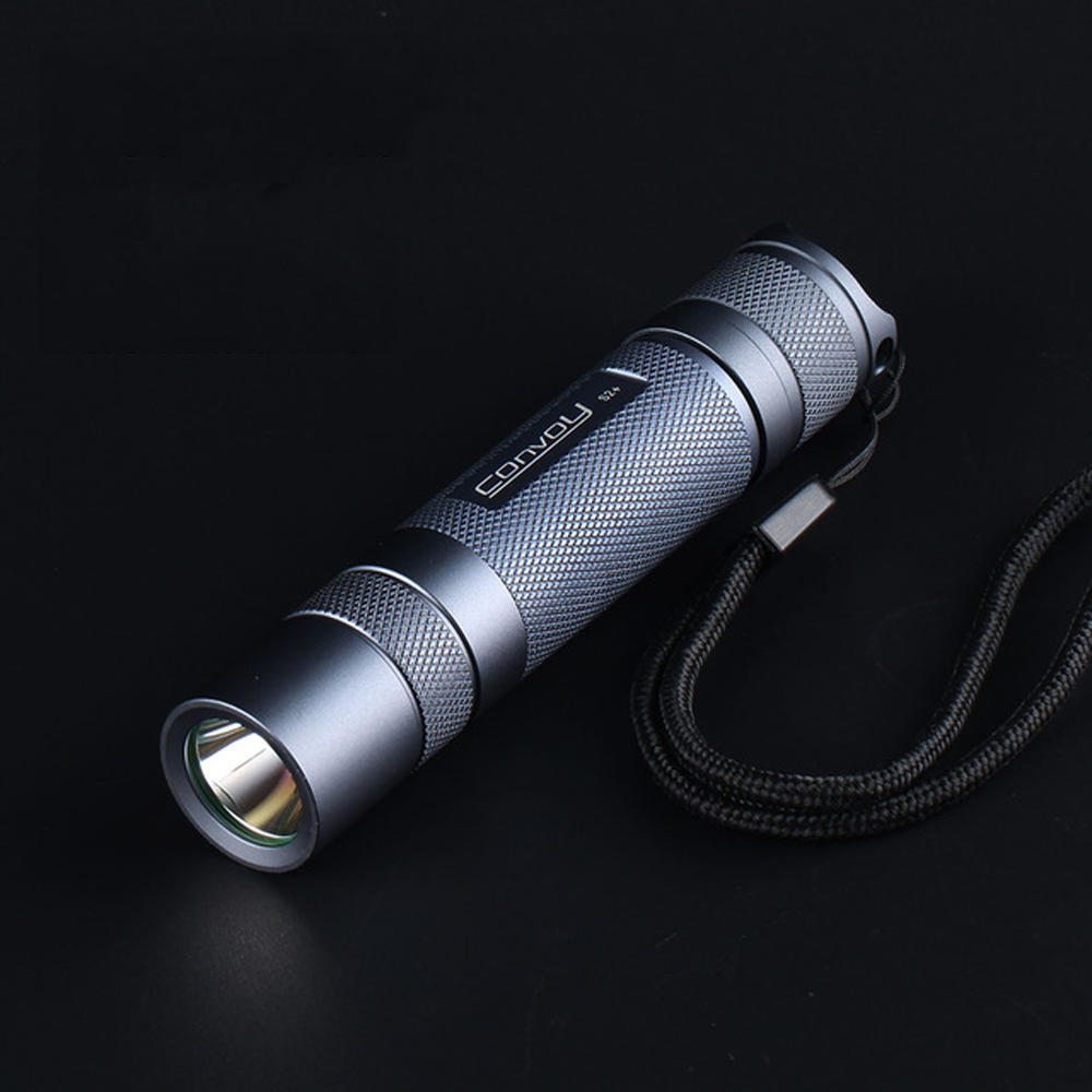 Convoy S2+ 219C 5700K SST20 Flashlight