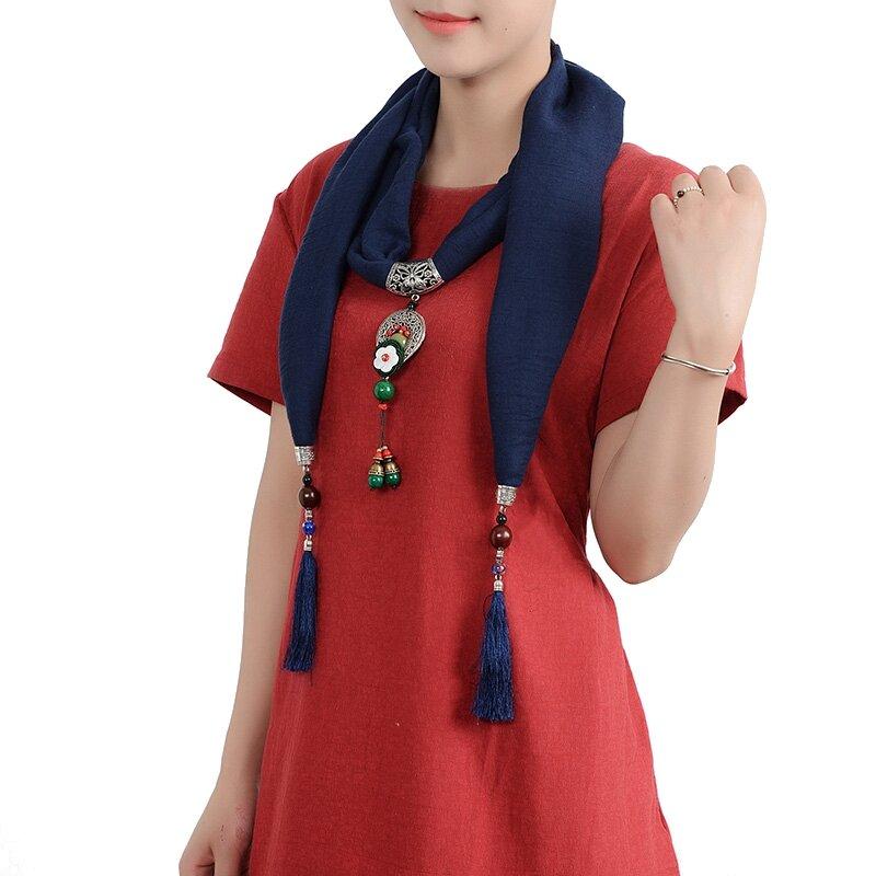 Collier ethnique féminin Écharpe en coton vintage Écharpe fleur de fleurs Forme verte Accessoire habillement Tassel