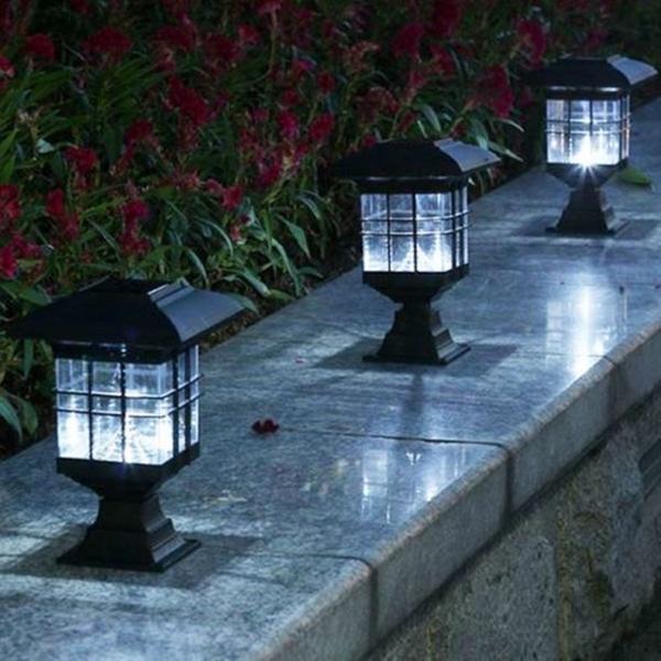 LEDソーラーパワー屋外ガーデンヤードライトローンパス風景ランプの装飾