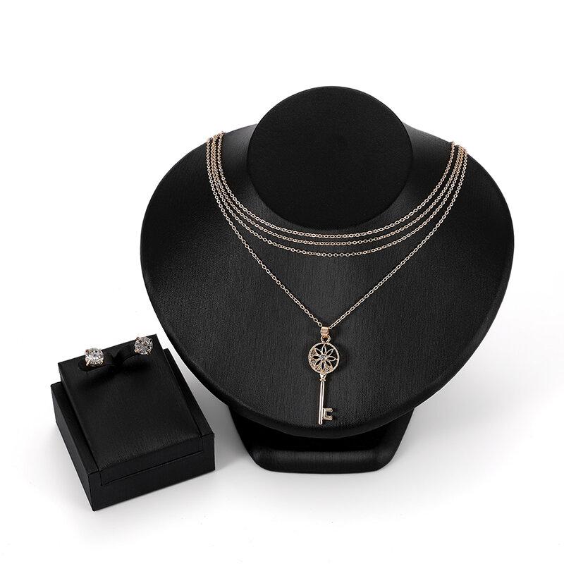 Classic llave Colgante cadena de collares multicapas deslumbrante rhinestone Pendientes conjunto de joyas