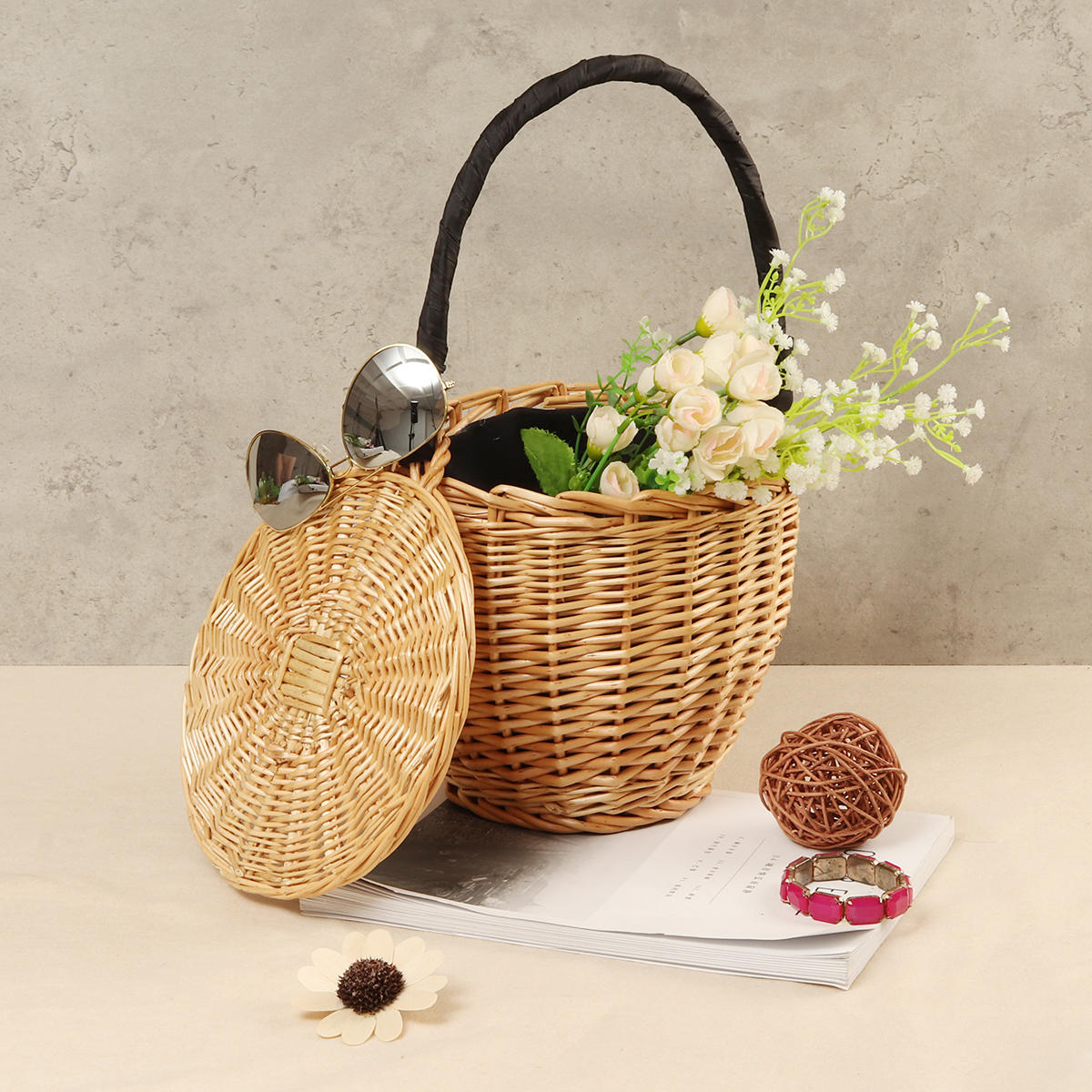 100% Handmade Straw Woven Tote Wicker Bag With Lid Bamboo Basket Handbag