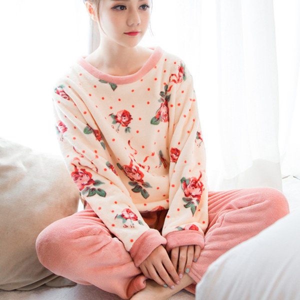 32b85828d0ee Comfy Thicken Coral Velvet Floral Printing Pajamas Flannel Long Sleeve  Sleepwear Sets For Woman COD