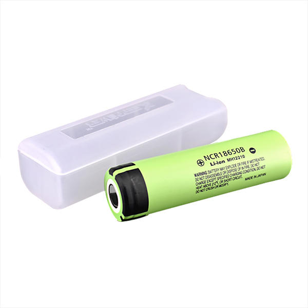 1pcs NCR18650B 3400mAH 3.7 V Unprotected Li-ion Rechargeable Battery + Case