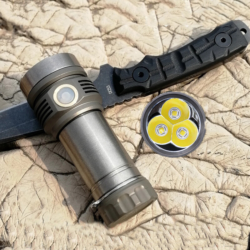AMUTORCH SST40 X9 Flashlight