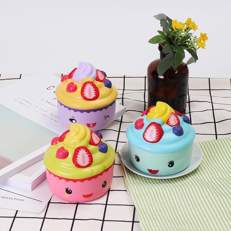 2 STKS LeiLei Squishy Emoji Ice Cream Aardbei Fruit Cup Cake Trage Rising Originele Verpakking Gift