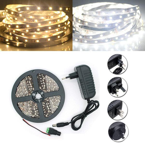 5M SMD 2835 300 LED สีขาว / อุ่นสีขาว LED Strip Flexible Light + แหล่งจ่ายไฟ + เชื่อมต่อ DC 12V