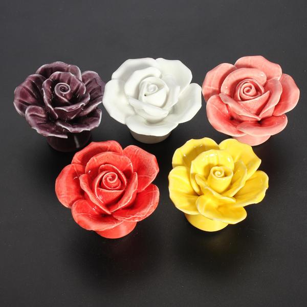 Maniglia per porta in ceramica fiore rosa