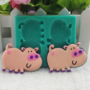 Il 3o porco di cartone animato dà forma a terriccio di decorazione di torta di fondente di silicone di terriccio di cioccolato di torta