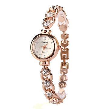 LVPAI XR720 Golden Ladies Wrist Watch