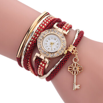 Fashion Ladies Dress Luxury Key Bracelet Vintage Women Quartz Watch