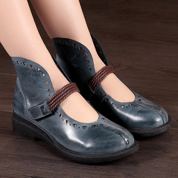 SOCOFY Retro Hollow Out Pattern Hook Loop Flat Leather Shoes