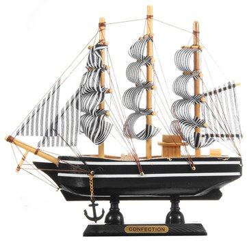 Exquisite Handmade Wooden Sailing Boats Model Retro Ship Pirate Sailboat For Office Home Decoration