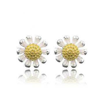 Korean 925 Sterling Silver Small Daisy Flower Ear Stud Earrings
