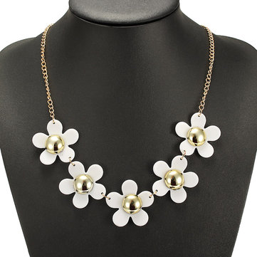 White Small Daisy Flower Sweet Chunky Bib Women Necklace Jewelry