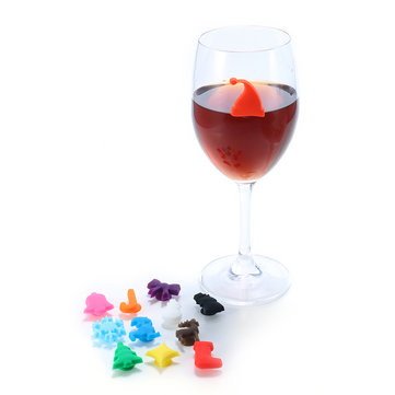 12Pcs Silicone Christmas Style Magnetic Wine Charm Wine Glasses Drink Maker Bar Tools