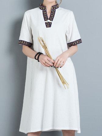 Folk Broderie V-neck Loose Robes courtes à manches courtes