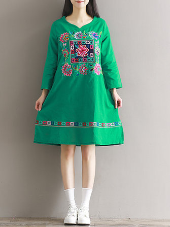Vintage Women Loose Embroidery Long Sleeve Dresses