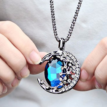 Vintage Crystal Pendant Necklace Moon Oval Sapphire Chain Charm Necklace Ethnic Jewelry for Women
