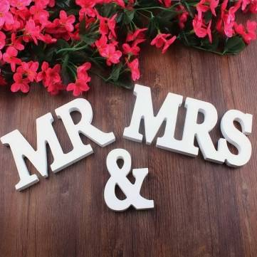 Mr & Mrs Wooden Letters Sign Top Table Decoration Wedding Favor Gift Accessories