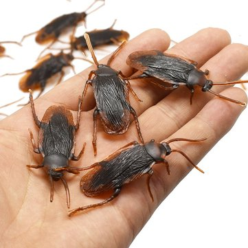 1pcs Prank Funny Trick Joke Toys Lifelike Model Simulation Fake Cockroach Toys Kids Children Props