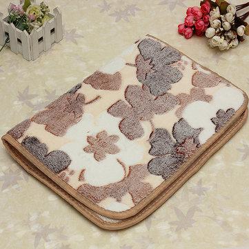40x60cm Maple Leaf Absorbent Coral Velvet Bathroom Carpet Anti Slip Mat Toilet Rug