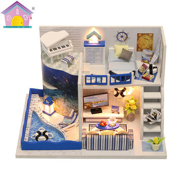 Hoomeda M040 DIY Doll House Box The Sound of The Sea Miniature Furniture Kids Gift Collection 18cm
