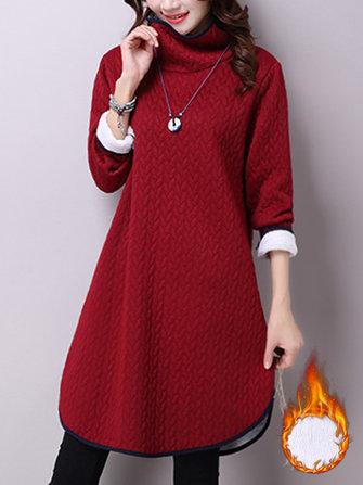 หญิงคอยาวลำลองยาวแขนเสื้อสีเข้มหนาอบอุ่น