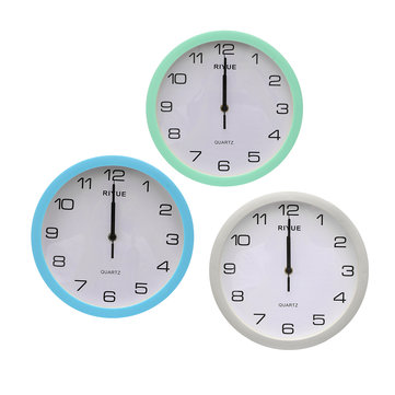 Retro Round Silent Sweep Movement Quartz Wall Clock For Home Bedroom Vintage Decor