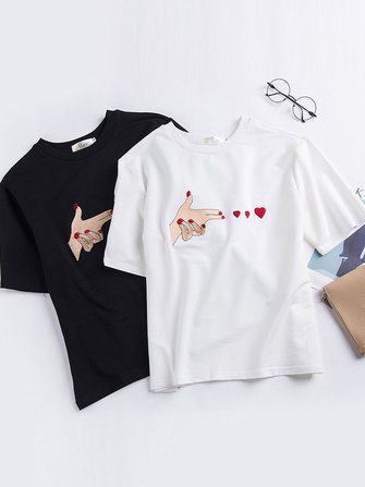 Casual Women Finger Heart Embroidered Short Sleeve T-shirts